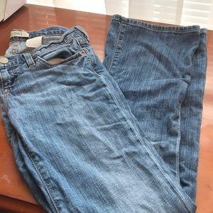 Gap size 2 ankle jeans